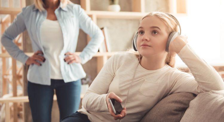 Como lidar com a falta de disciplina dos filhos mais velhos?